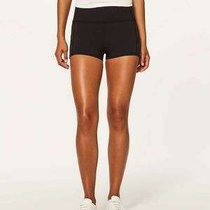 Lululemon Boogie Shorts Reversible Black Size 4